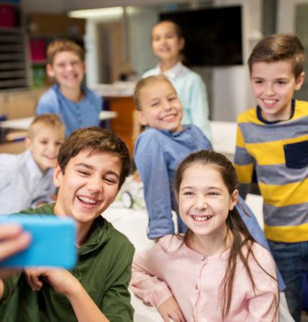 hallakate - femijet ne kosove, snapchat perdoret me se shumti
